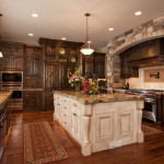 traditional-kitchen-cabinets 47